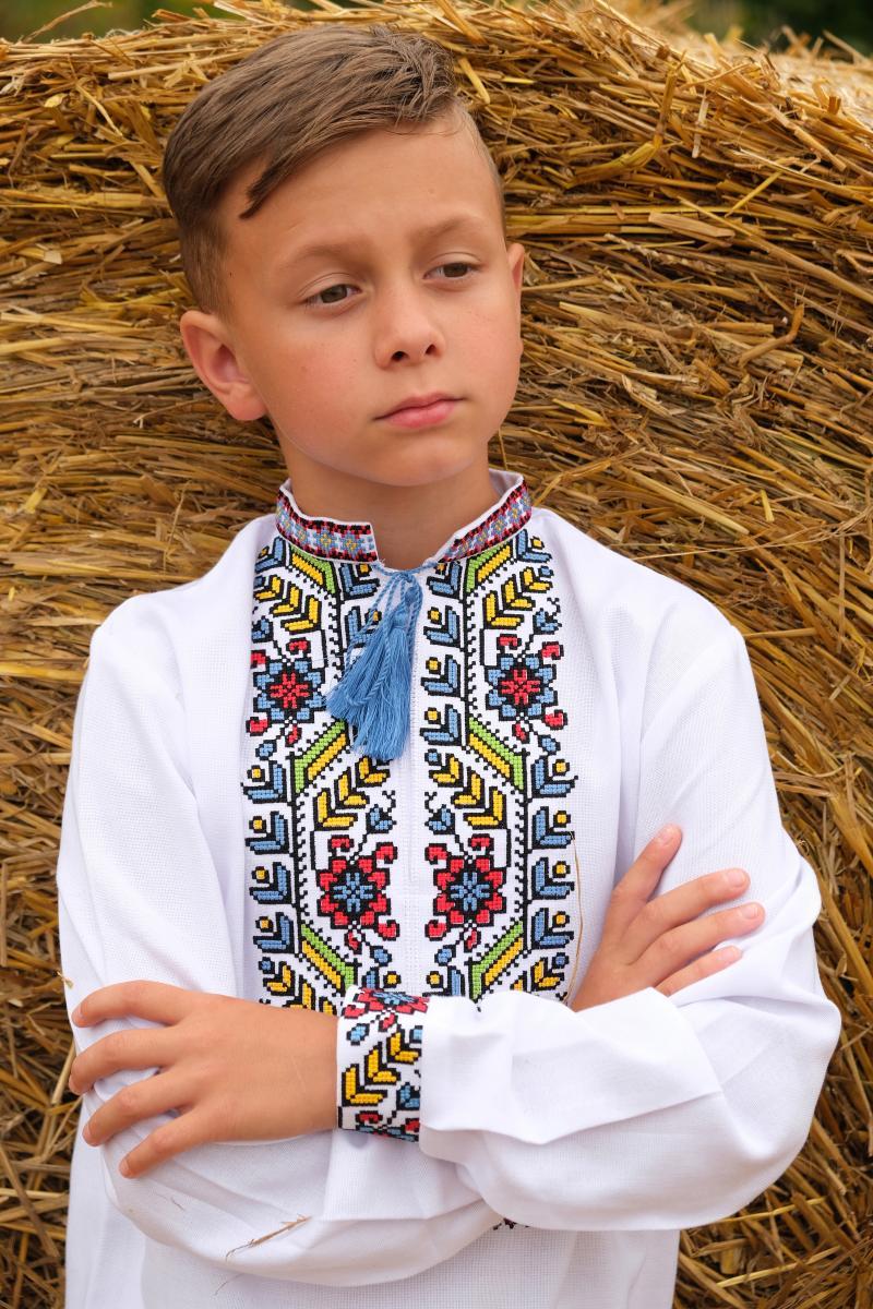 дитячі вишиванки для хлопчиків фото